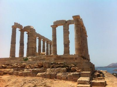 Sailing Greek islands - Greece charter sailing holidays - Sightseeing and Archeology - Cape Sounio - Posseidon's Temple - ruins of the temple