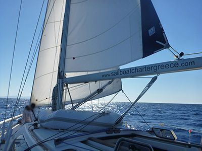 Sailing Greek islands - Honeymoon sailing in Greece charter sailing holidays